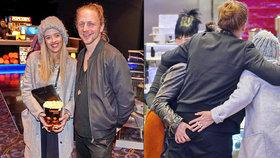 Tomáš Klus se nezdá: Manželka vzala kamarádku a obě ho začaly osahávat!