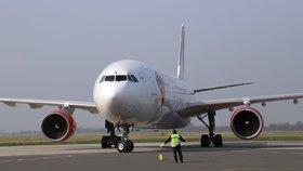 Smartwings a ČSA ruší všechny lety do Česka a z něj. Lidé dostanou peníze nebo nový termín
