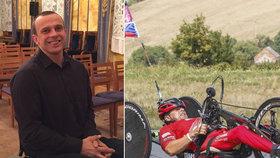 Lidská hyena ukradla ochrnutému Zbyňkovi speciální kolo: Češi mu na nové přispěli během jednoho dne!
