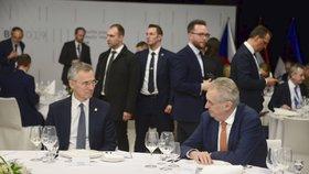 """Zeman hájí NATO. """"Opuštění Afghánistánu by vedlo k vytvoření inkubátoru teroristů,"""" varuje"""