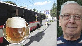 Důchodce Maňas (72) si pochvaluje: Cesta autobusem do Brna stojí jako malé pivo! Zruší vláda levné jízdné?