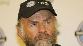 Je mu 65 let a láme rekordy: Brit Ranulph Fiennes pokořil i Mount Everest