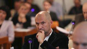 Korupční kauza Švachula má obří rozměry: 29 obviněných, některým hrozí až 16 let vězení