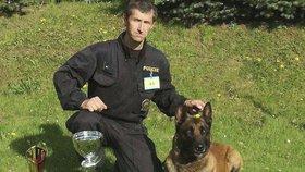 Zloděj nestačil z domku nic ukrást: Plány mu zhatil policejní pes Quirinus