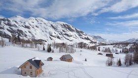Českého běžkaře v Rakousku strhla lavina. Vlekla ho 200 metrů, na vrtulník čekal hodiny