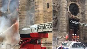 V Paříži hořel kostel svatého Sulpicia. Proslavila ho Šifra mistra Leonarda