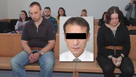 Bestiální vražda sběratele Evžena (†50): Soud manželům zrušil doživotní trest!