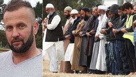 """""""Všichni moji přátelé jsou mrtví."""" Přeživší střeleckého masakru popsal hrůzu v mešitě"""