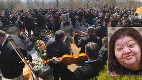 Cigára a velké prostěradlo! Věru Bílou (†64) pohřbili ve velkém
