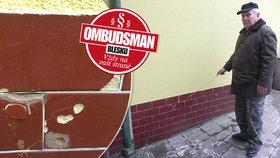 Tři roky drsných sousedských sporů o vlhkou zeď! Ombudsman Blesku: Mám špatnou zprávu!