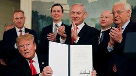 "Trump podepsal Izraeli svrchovanost nad Golanami. ""Bezostyšný útok,"" zuří Sýrie"