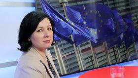 """Jourová měla v Bruselu kolaps jater. """"Zazdila rodinu"""" a promluvila o mužích"""