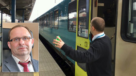 "Zastaví ""modrá armáda"" Čechům vlaky? Odbory v boji o režijní jízdné hrozí stávkou"