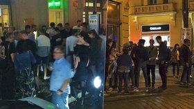 Další fiasko Prahy 1: Zákaz vjezdu do Dlouhé ulice zrušil soud! Stěžoval si rezident, testování je předčasně u konce