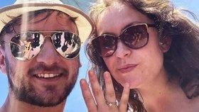 Youtuber Tary se zasnoubil, svatbu ale odložil! Komplikace kvůli smrti!