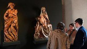 V Praze je k vidění vzácná socha z pozdní gotiky. Do Národní galerie ji půjčili z Bílska