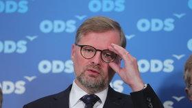 Fiala chce kvůli Zemanovi sebrat lidem volbu prezidenta. Ovčáček udeřil