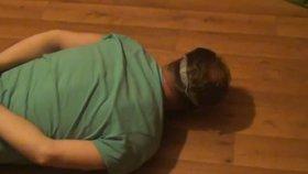 VIDEO: Takhle zásahovka lapla nebezpečného zloděje! Ženě z koloběžky strhl 400 tisíc, nebyl na to sám