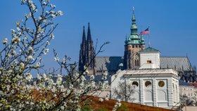 Mrazům v Praze odzvonilo: Velikonoční týden bude zalitý sluncem, teploty až 23 stupňů
