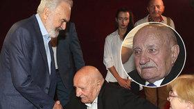 Vyčerpaný Josef Somr (85) udělá sotva dva kroky! Musel do nemocnice a o důvodu mlčí