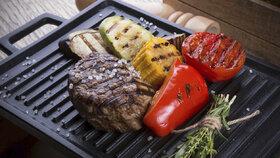 Jak grilovat na elektrickém grilu? Tipy pro dokonale šťavnatý steak!