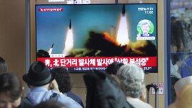KLDR vypálila sérii raket krátkého doletu směrem k Japonsku, tvrdí Jihokorejci