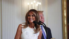 """""""Sama vydělávám dost peněz."""" Melania Trumpová promluvila o utrácení za oblečení"""