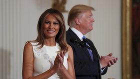 Melania spí jinde než Trump, hrotí spor s Ivankou a málem přišla o ledvinu, odkrývá kniha