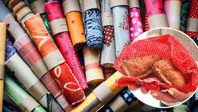 Svačinu do bavlněného ubrousku: Čeští studenti uspěli s náhradou plastových sáčků