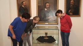Unikátní exponát k vidění v Praze! Kalich z roku 1564: Pil z něj J. A. Komenský