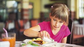 Vysoký krevní tlak trápí i děti. Na vině je nadměrné solení