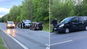 Před krematoriem v Kladně našli mrtvolu: Ležela zde už dlouho, policie nepoznala ani pohlaví