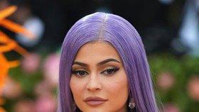 Kylie Jennerová kárá bezohledné fanoušky: Nechoďte ven a zůstaňte v karanténě!