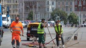Havárka kanalizace zavře vytíženou ulici 28. října v Ostravě: Opravovat se bude dva týdny