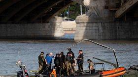 Čeští potápěči objevili potopenou loď v Dunaji. Kapitán druhého plavidla jde do vazby