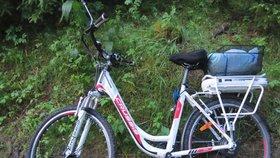 Osobní auto srazilo na Zlínsku seniorku na kole: Žena (†72) zemřela