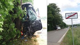 Nehoda autobusu na Kroměřížsku má 9 zraněných! Šofér narazil do stromu