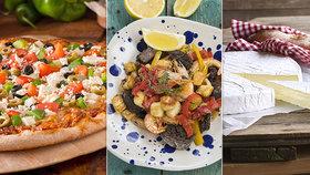 Buďte hvězdou zahradní party: 3 recepty na sýrové pochoutky, kterými zabodujete