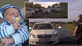 Nikolasovi rodiče uvázli v koloně: Pomáhat musel policejní doprovod