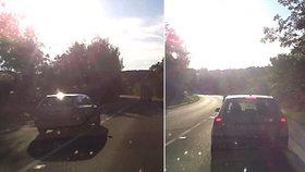 Místo smrtelné nehody tří lidí (†51,†48 a †64): Šílenec tam vybržďoval vůz