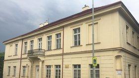 Rekonstrukce Raudnitzova domu začíná: Z kulturní památky v Praze 5 bude domov pro seniory