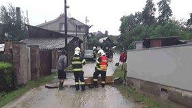 Po bouřkách je bez proudu 4300 domácností. Zlínsko a jižní Čechy dopadly nejhůř
