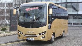 Praze 1 vadí autobusy v centru. Výjimky na vjezd jim udílí magistrát