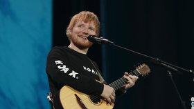 Dobrák od kosti Ed Sheeran: Jeho zaměstnanci se v době koronaviru mají nejlépe!