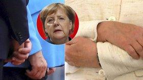 """Třes prý není problém. """"Můžu funkci vykonávat,"""" řekla Merkelová a odjela na dovolenou"""