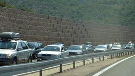 Peklo na silnici se nekoná, z blokády v Chorvatsku sešlo. Vláda ustoupila motorkářům