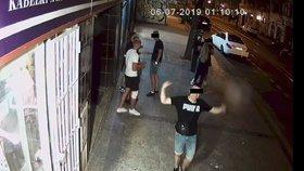Vandal v Karlíně rozbil kameru: Frajírek se na policii přihlásil sám