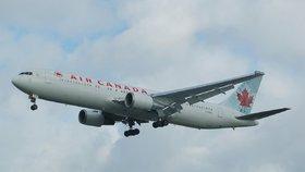 Boeing doplácí na havárie 737 MAX: Přichází o objednávky i peníze, za krk mu dýchá Airbus