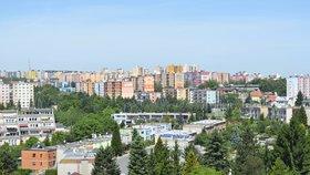 Běžné byty a domy letos nezlevní, varují banky. Za luxus si Češi připlatí méně?