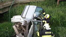 Horor u Tachova: Auto se zřítilo z mostu!